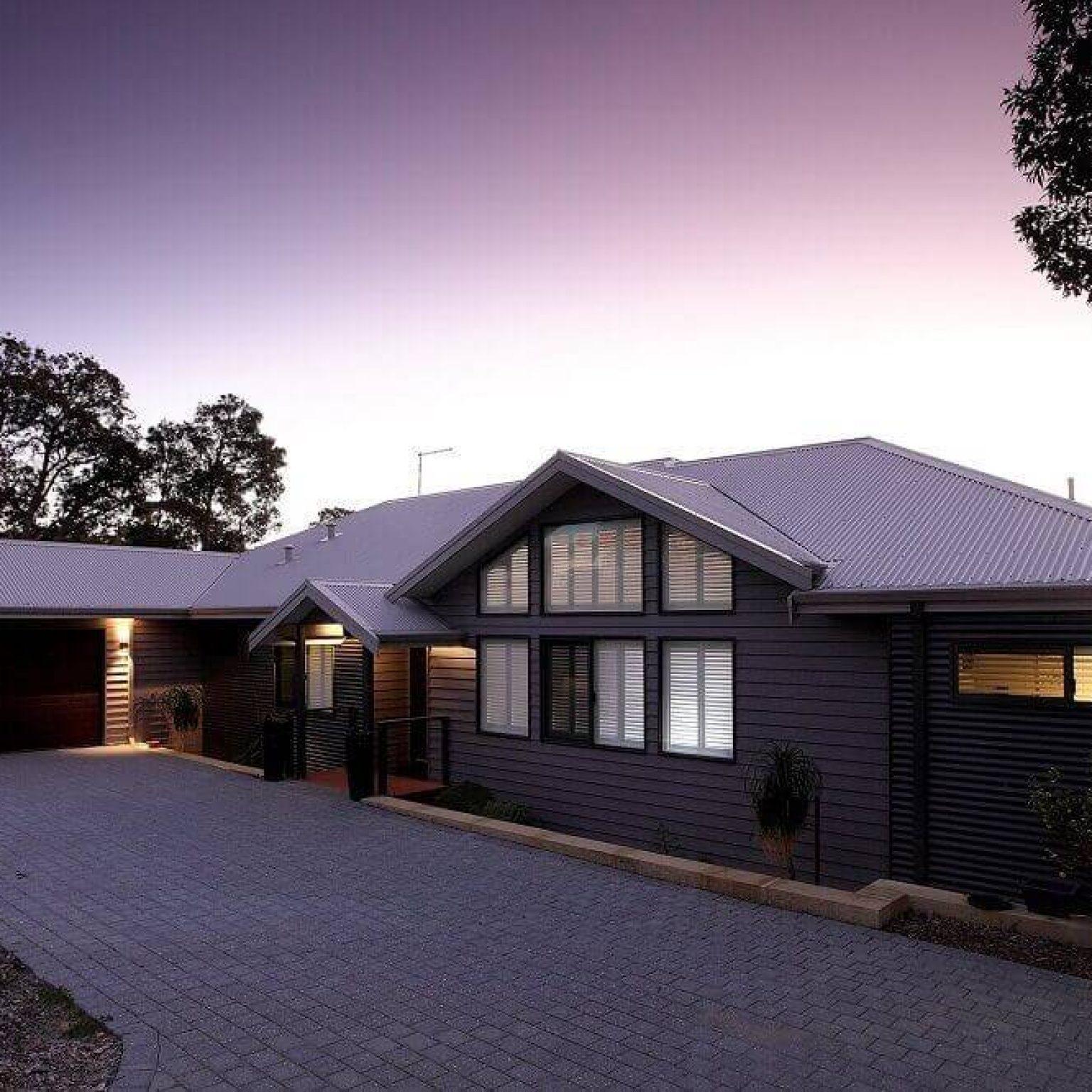 Custom built timber frame pole home in Mt Richon, Western Australia