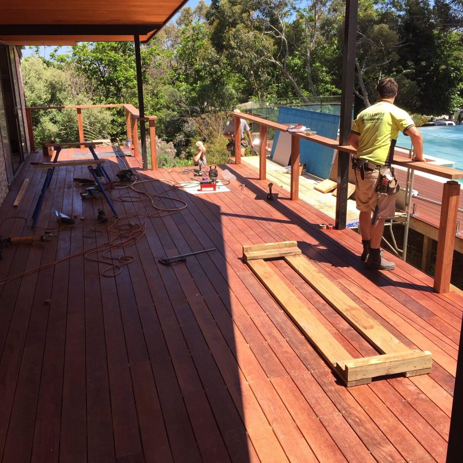 Custom built pool deck screening cabana house